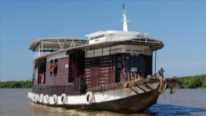 Sat Toung on Tonle Sap lake