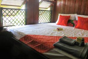 Front Cabin - Sat Toung