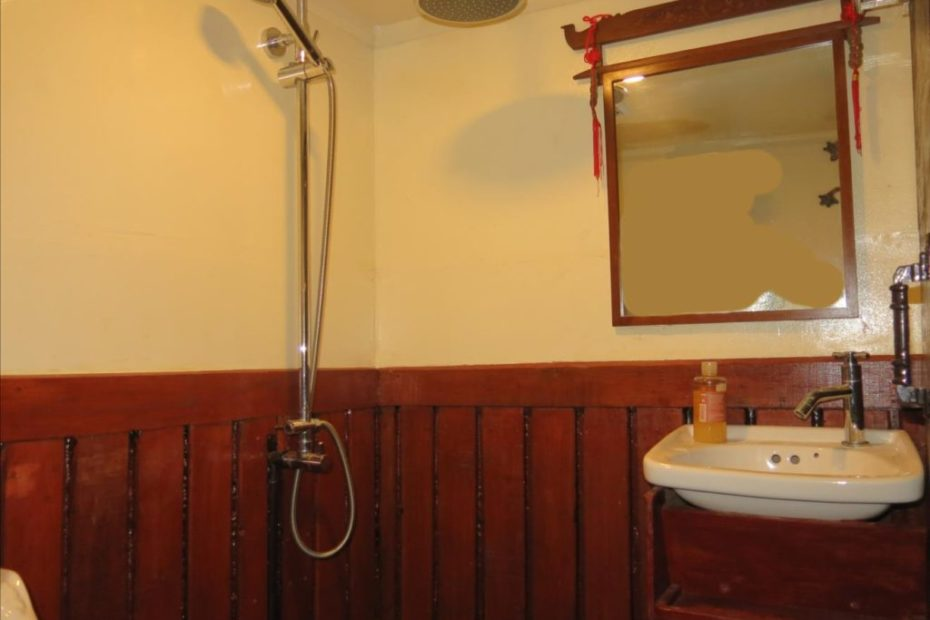 Bathroom front cabin