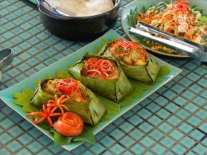 Gastronomie khmère - Déjeuner à bord de Sat Toung